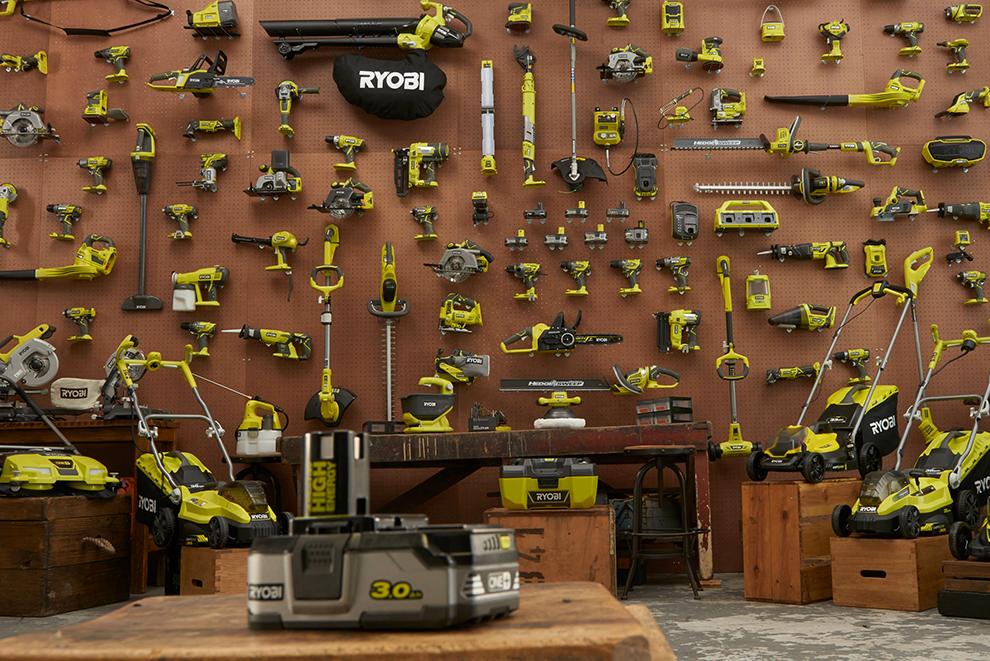 Yksi akku sopii kaikkiin työkaluihin